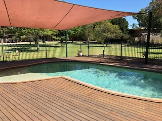 BBQ area and Solar Heated Pool at Bullanginya Lodge